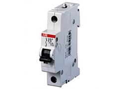Abb STO  Автомат.выкл-ль 1-полюсной S201 C6